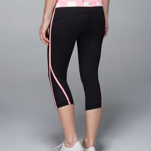 Lululemon Up the Pace Crop size 6